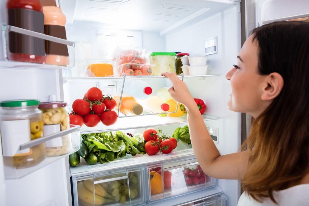 Lodówki No Frost i Low Frost – jak wybierać lodówkę bezszronową?