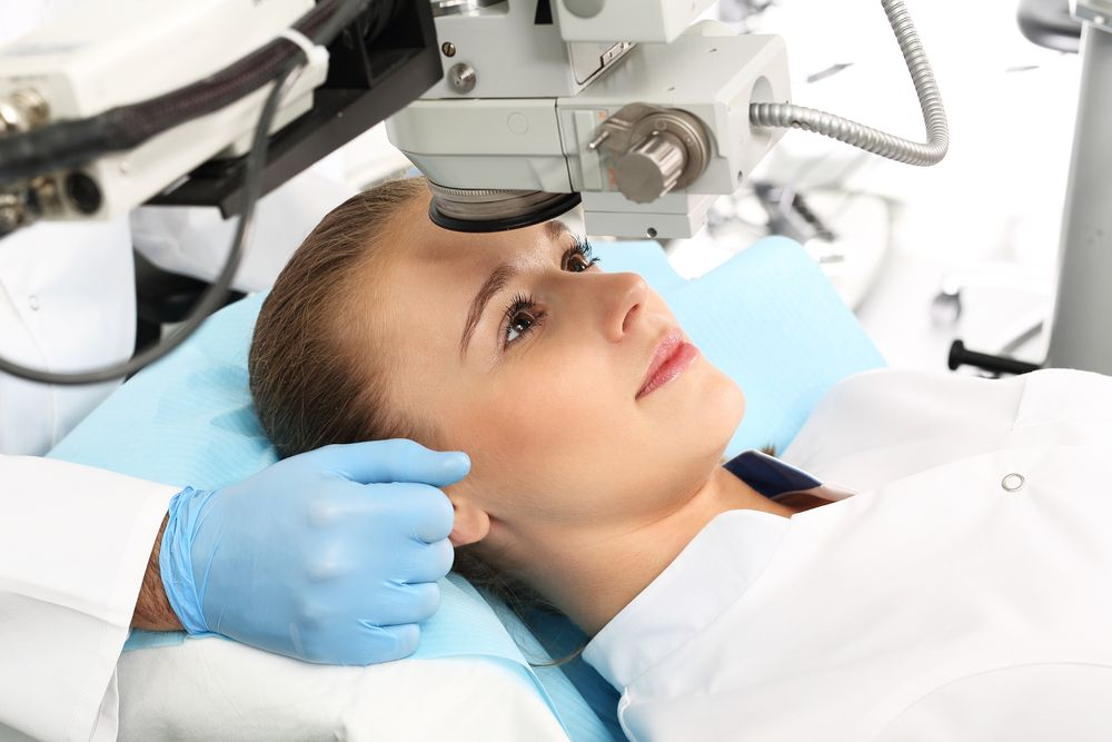 Laserowa korekcja oczu – koszt i podstawowe informacje na temat zabiegu