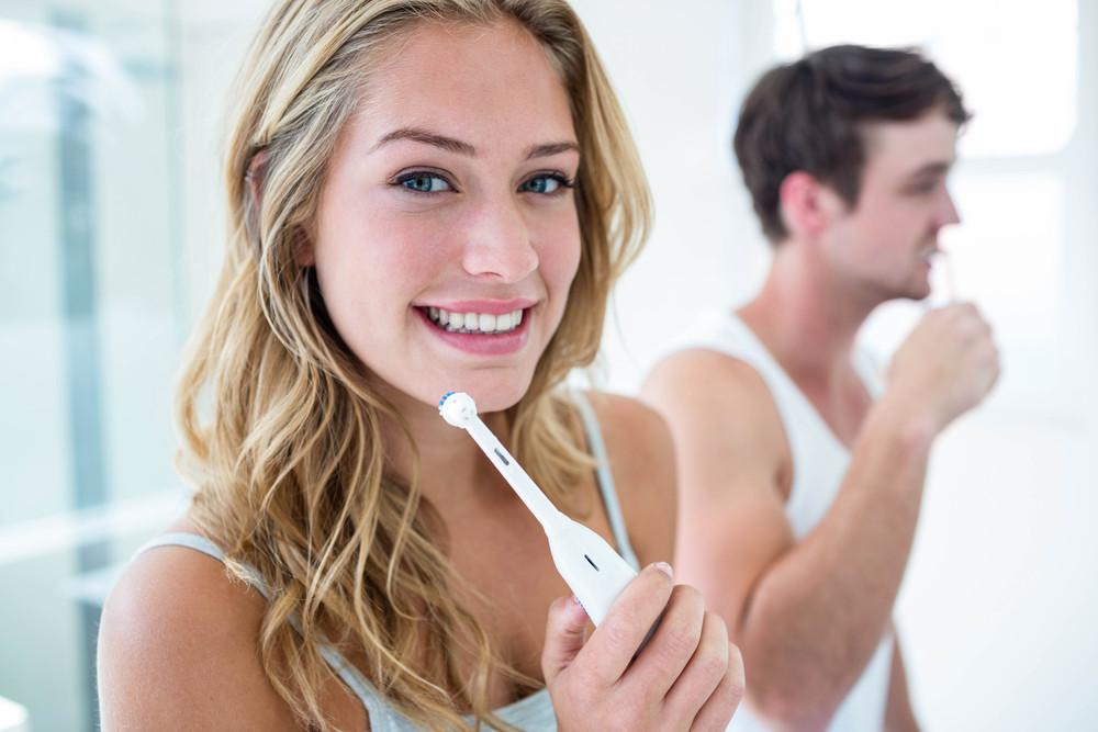 Jak działa szczoteczka soniczna do zębów?
