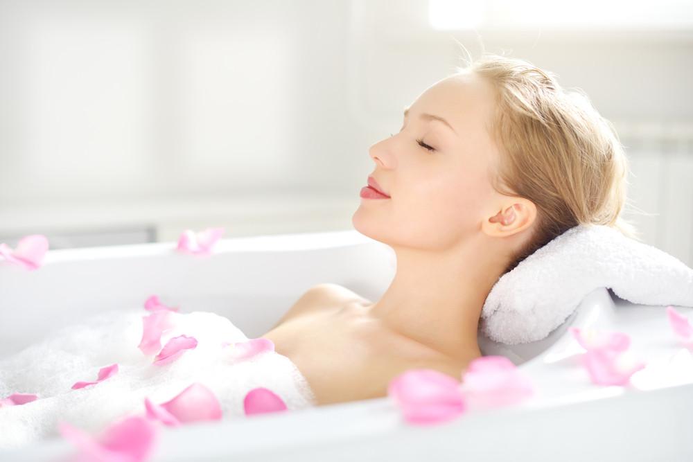 Zbawienie dla ciała i umysłu - jak urządzić domowe spa?