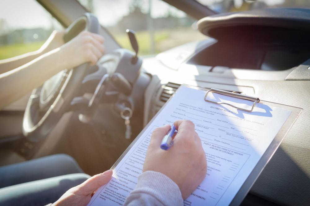 Egzamin na prawo jazdy kat. B - na co muszą zwrócić uwagę przyszli kierowcy?