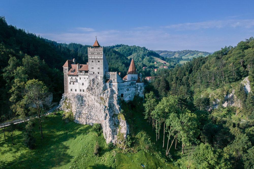 Najpiękniejsze zamki Europy – przewodnik dla miłośników zabytków