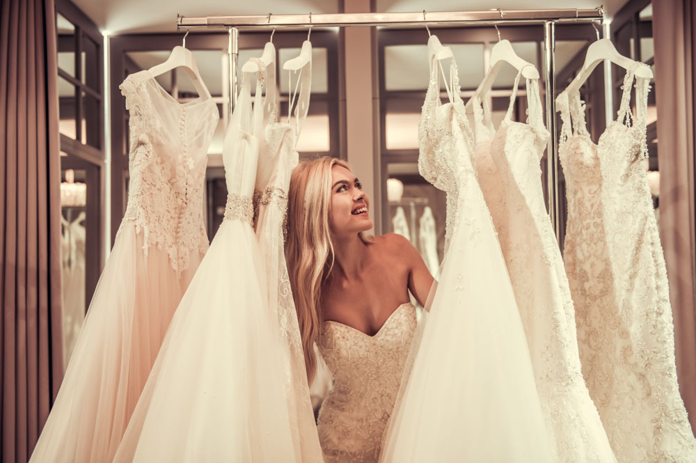 Suknie ślubne 2019 - jakie kroje są modne?
