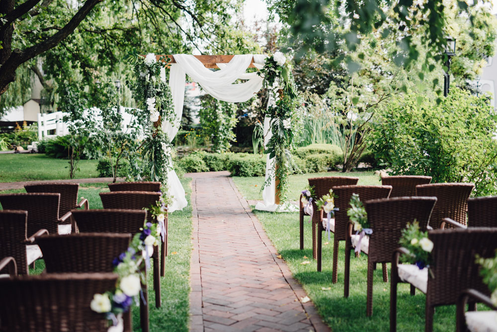 Ceremonia - ślub w stylu rustykalnym