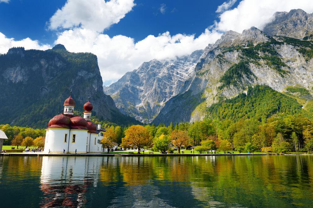 Jezioro Konigssee (Jezioro Królewskie), Bawaria, Niemcy