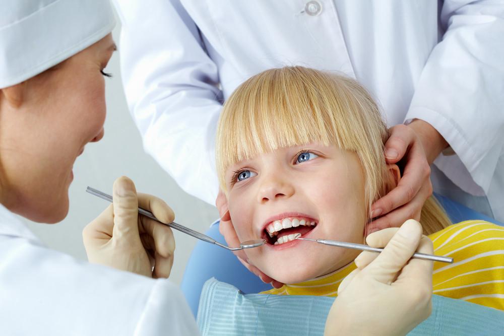 Przedszkolak u dentysty
