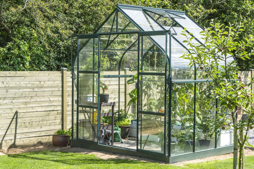 Szklarnia ogrodowa - wyposażenie