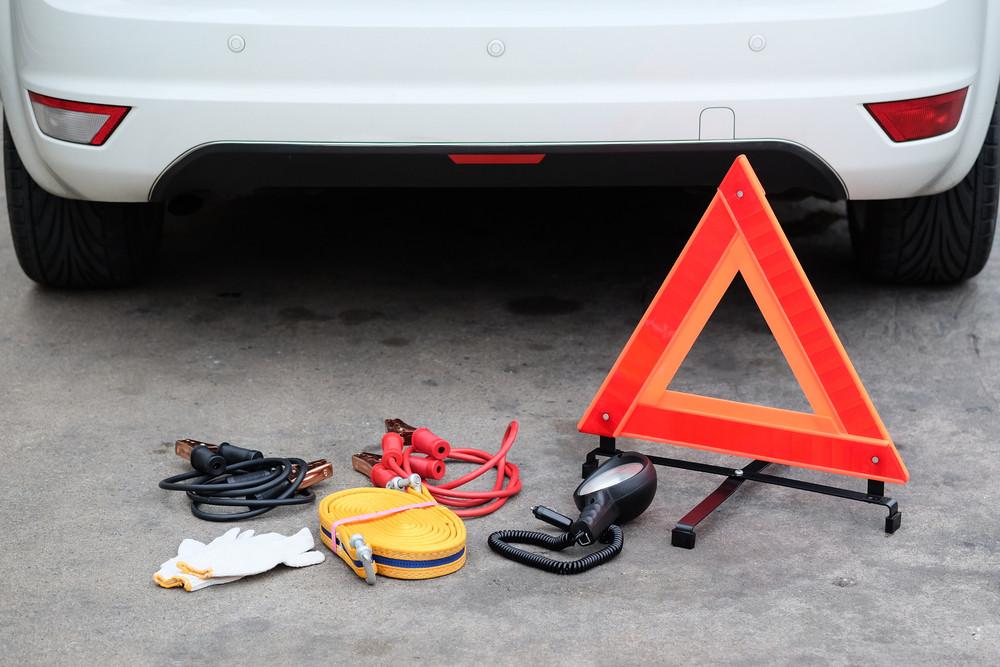 Trójkąt ostrzegawczy - awaria samochodu