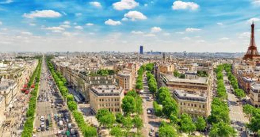 Jak tanio zorganizować wypad do Paryża?