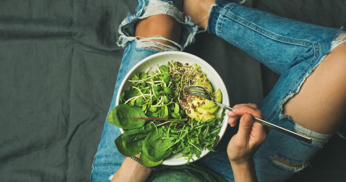 Zdrowa kolacja - jakich potraw unikać przed snem?