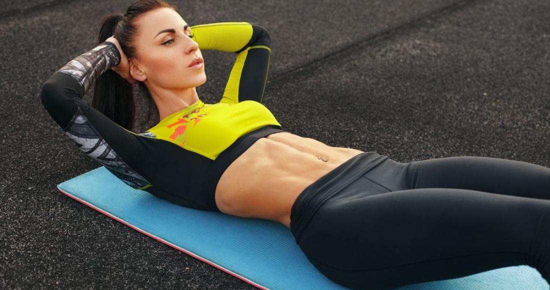 Przegląd najlepszych ćwiczeń na mięśnie brzucha