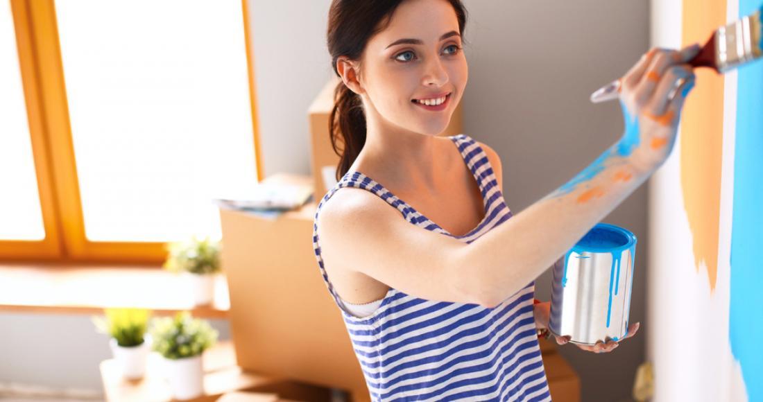 Jak samodzielnie pomalować ściany w mieszkaniu?