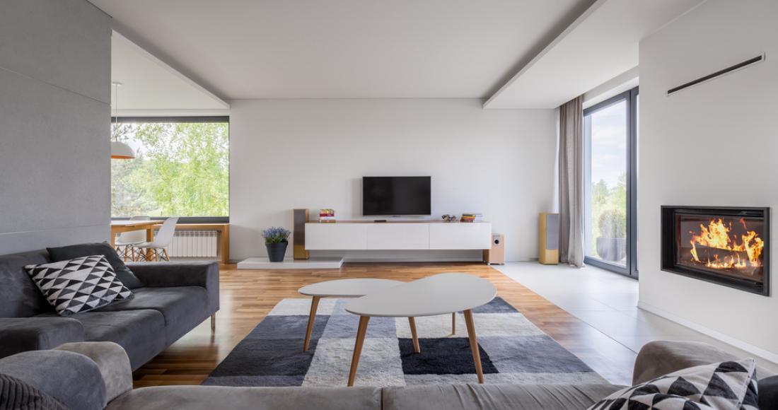 Styl klasyczny kontra nowoczesny – jak urządzić salon?