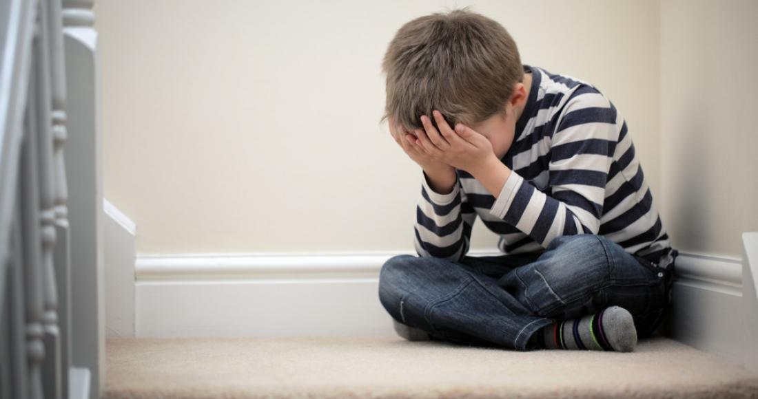 Dziecko w ogniu krytyki – jak nauczyć je radzić sobie ze stresem?