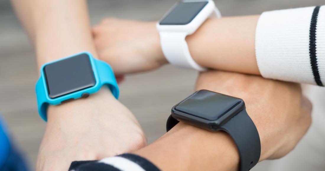 Inteligentne zegarki na miarę XXI wieku – poznaj najbardziej funkcjonalne smartwatche