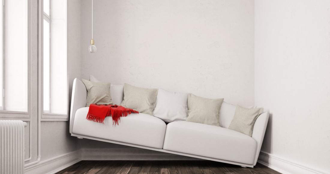 Wąskie i długie pomieszczenia – jak je zaaranżować, by były funkcjonalne?