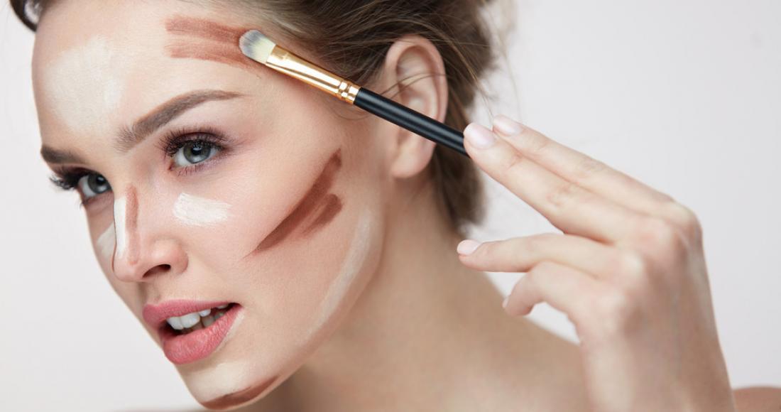 Jak prawidłowo wykonać konturowanie twarzy?