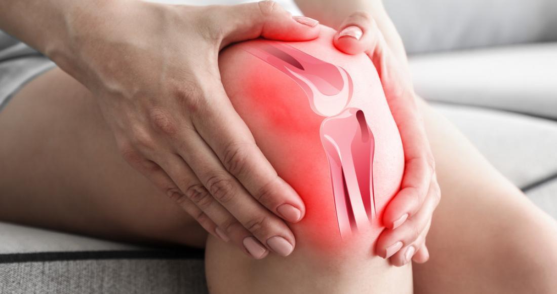 Ból kolana przy zginaniu – przyczyny, objawy i leczenie